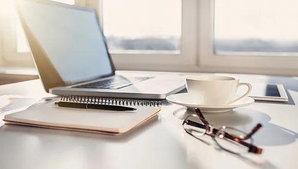 疫情期在家办公更轻松吗?多国每日工时延长1-3小时