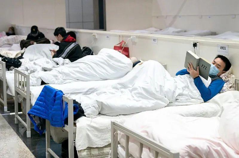 武汉人均病床_武汉同济医院病床图片