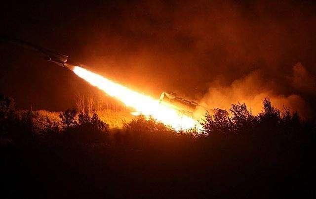 飞机被击落!以色列罕见认怂 500枚导弹锁定特拉维夫