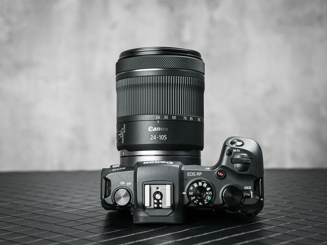 轻量型变焦镜头 佳能RF24