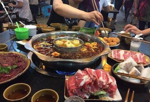 """不论在哪吃火锅,只调这4种""""蘸料""""的,老板:一定是个资深吃货"""