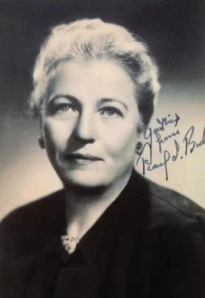 她在中国生活40年,斩获诺贝尔奖之后,却为何遭到鲁迅批判