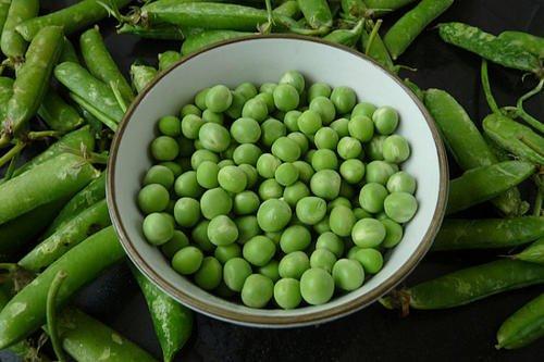新鲜豌豆怎么保存?学会这招,放几个月都不坏,颜色翠绿口感如初