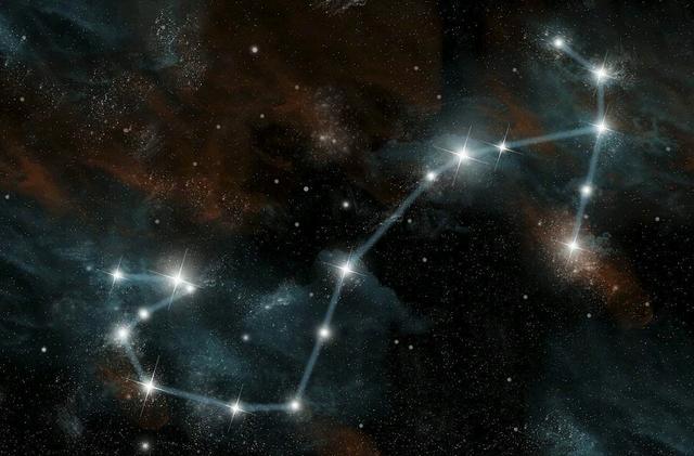 天蝎座:温柔的时候带点硬气,霸气起来无人能敌