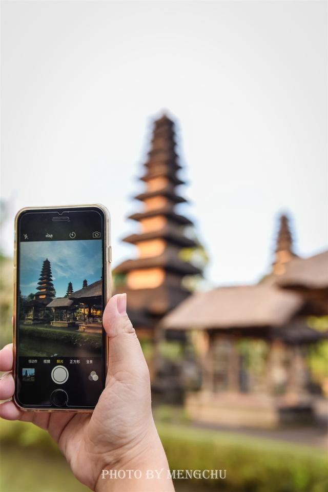 巴厘岛的第二大寺庙,塔林景色极其壮观,却深藏闺中鲜少人知