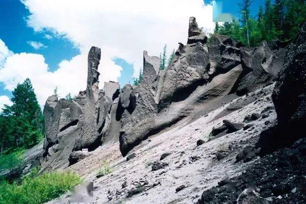 【设计师】五一自驾推荐~山顶邂逅天池,山下惬意温泉