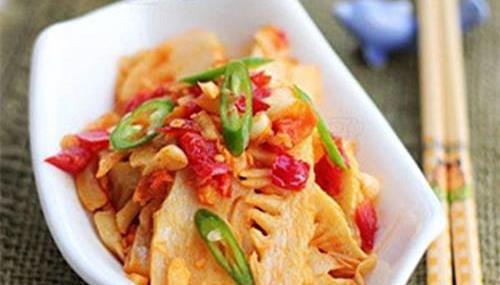 美食推荐 肝腰合炒 干煸剁椒春笋 土豆焖饭 辣炒大肠的做法