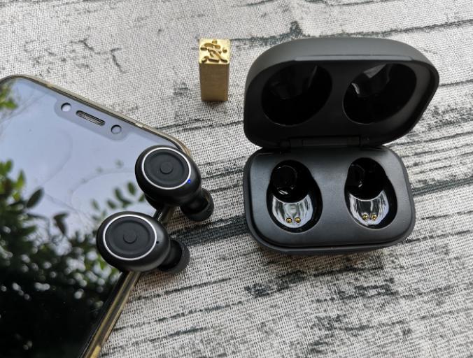 耳机能让你站起来吗?但是用AbramTek E8可以让你的耳朵焕然一新!