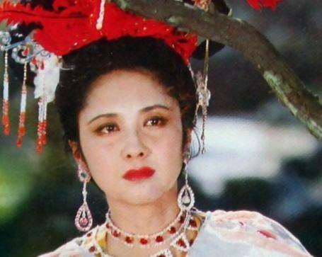 她是 西游记 女儿国国王,现年68岁的她,依旧美丽动人
