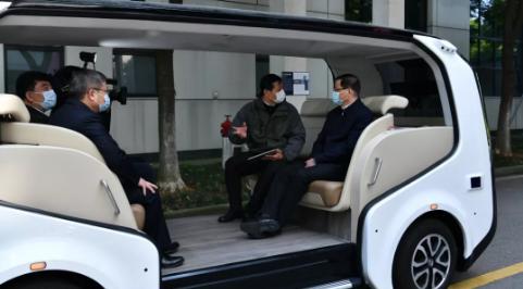 湖北省委书记点赞东风无人驾驶车Sharing-VAN