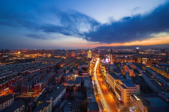 2019年新疆的gdp总值多少_中国2019年GDP同比增6.1 大陆人口总数突破14亿(2)