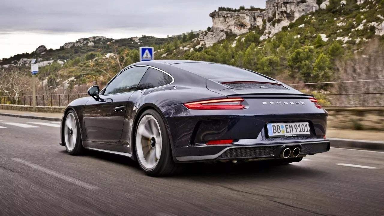 低调但不低级,911 GT3 Touring,存在即是道理