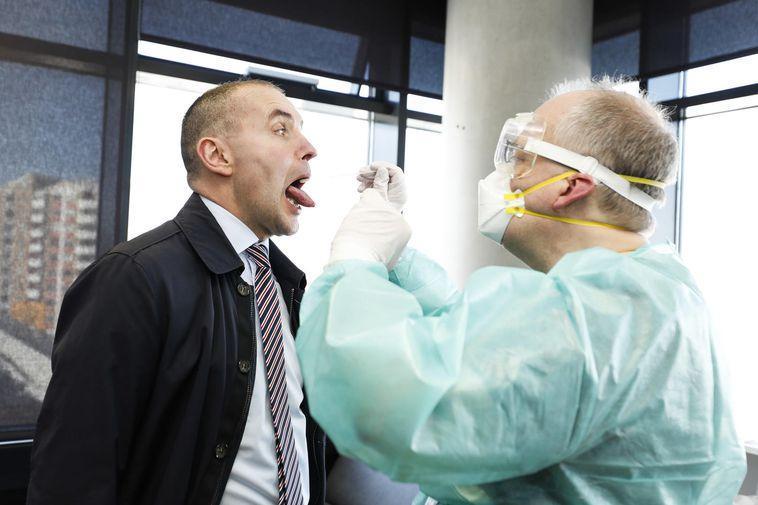 冰岛人口_冰岛测试了10%的人口,其中50%的人感染时无症状,死亡率更低得惊人