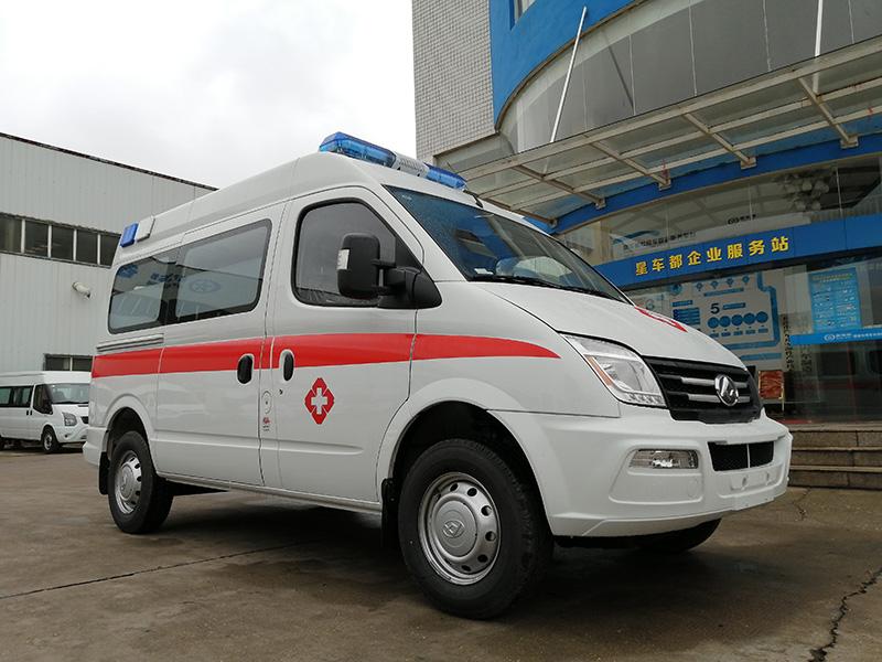 救护车制造商充分利用大同V80救护车的大空间