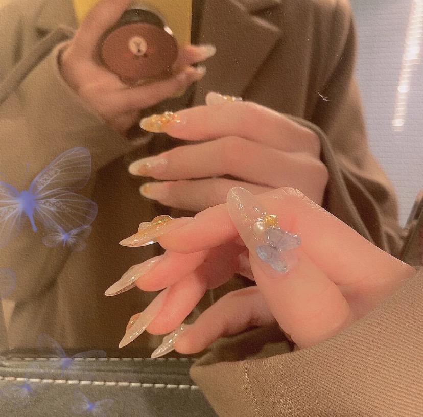 超级美的极光粉蝴蝶美甲来啦 上手简直仙女!!