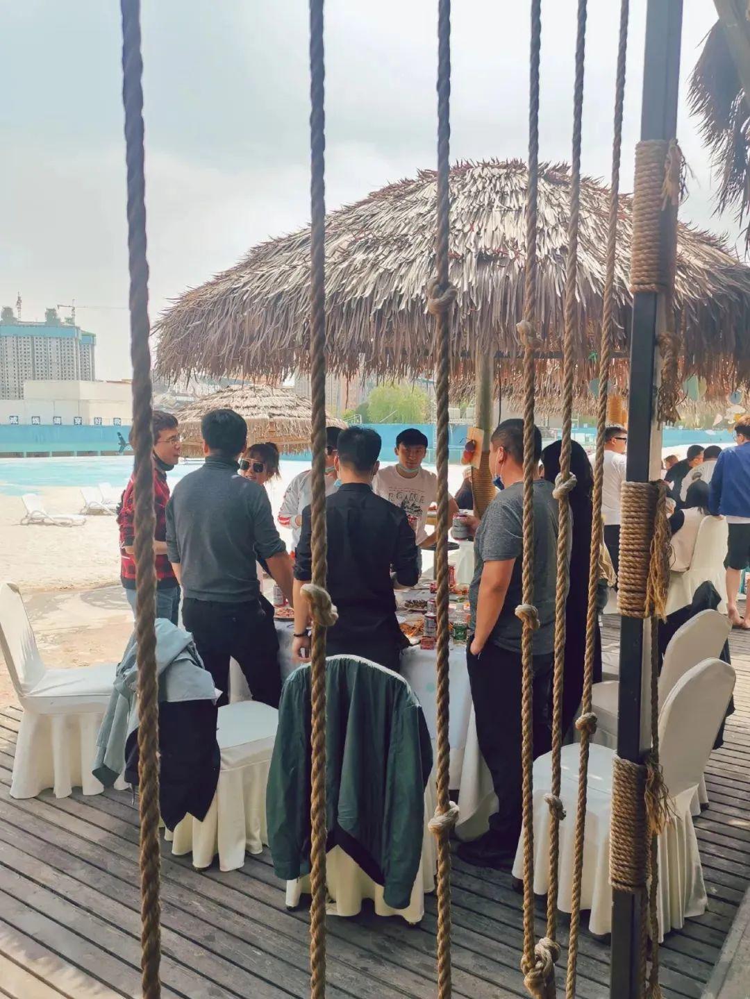 五一近郊游好去处!奥帕拉拉露营烧烤游园会,白沙滩上肆意撒欢!