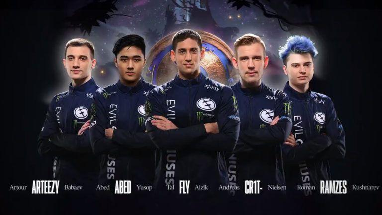 DOTA2:史上最强的队伍诞生!3名队员登顶!这就是梦之队?
