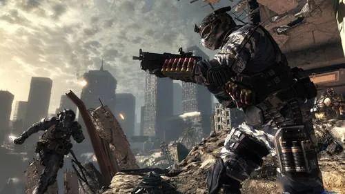连续失控,军事基地被炸还惨遭病毒侵入|铁血游戏