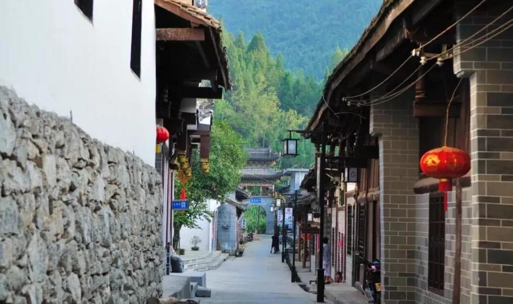 千年商道世外桃源熨斗古镇,许多人因为他的名字而觉得印象深刻