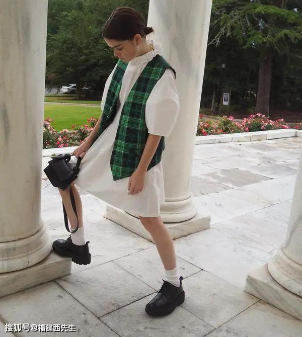 福州Mr.C西先生西服定制——女装|穿上我心爱的马甲,再也不怕换季尴尬!