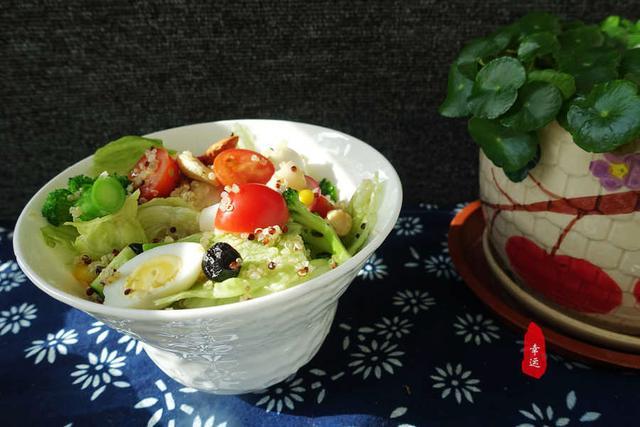 「道菜」不要喝粥吃咸菜了,看看我炒的蔬菜你看好哪道菜,吃中式早餐
