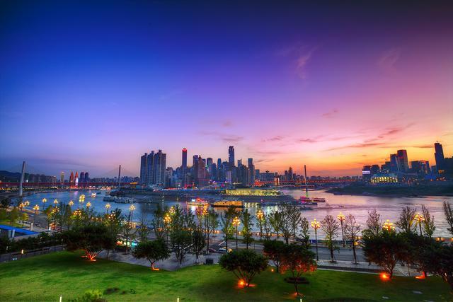 重庆必打卡的5个免费景点,首次旅游必去,轻松舒适自由行必备