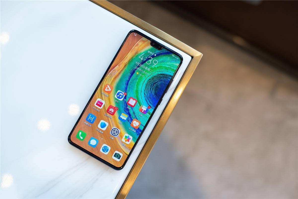 华为5G手机别乱买,这三款现在入手正合适,你买对了吗?