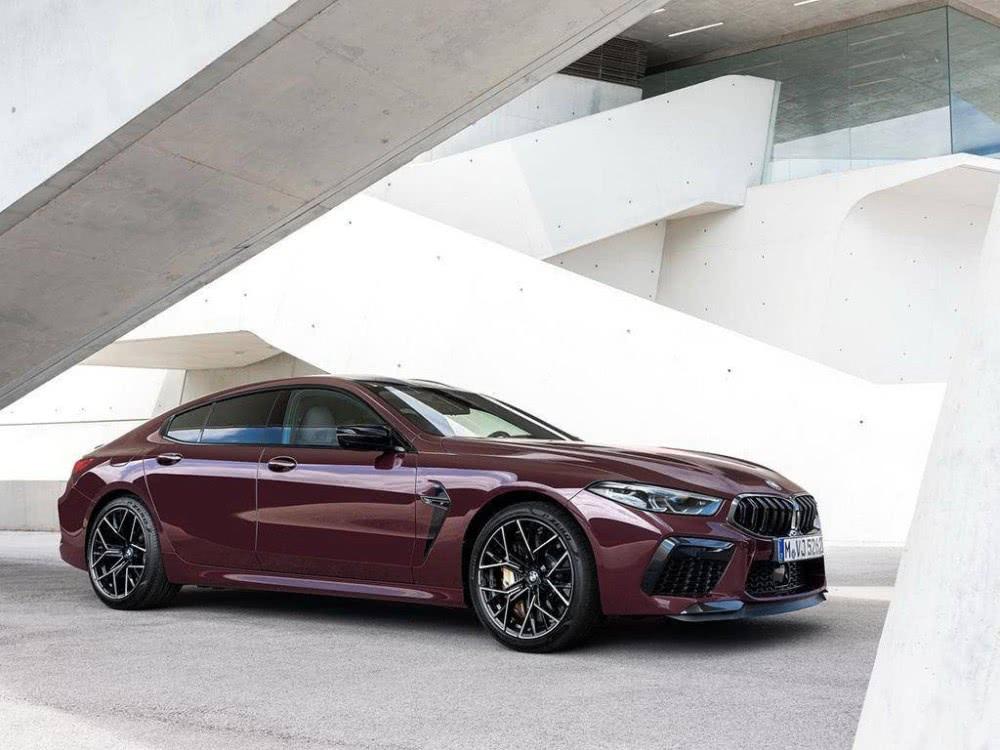 搭载V8,宝马M8 Gran Coupe上市,3.2秒破百!卖出196.8-219.8万