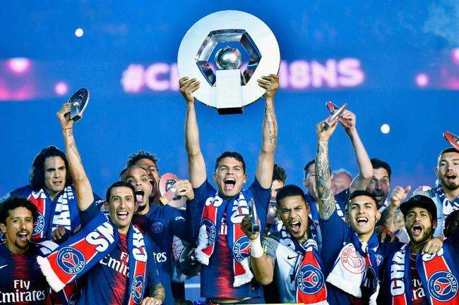 利物浦开心了!提前11轮夺冠,欧洲五大联赛首支冠军队正式出炉
