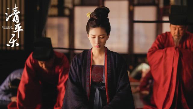 身在皇家的迫不得已,曹皇后下跪请求何罪之有呢?