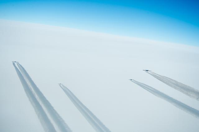 安-225:我有6台发动机,B-52H:我关掉4台还能飞,B-36:我10台