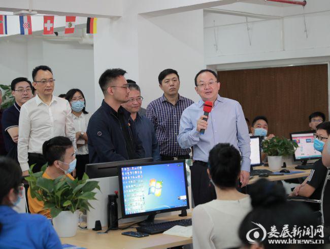 杨懿文:努力探索跨境电商合作新机制有效激活发展新动能