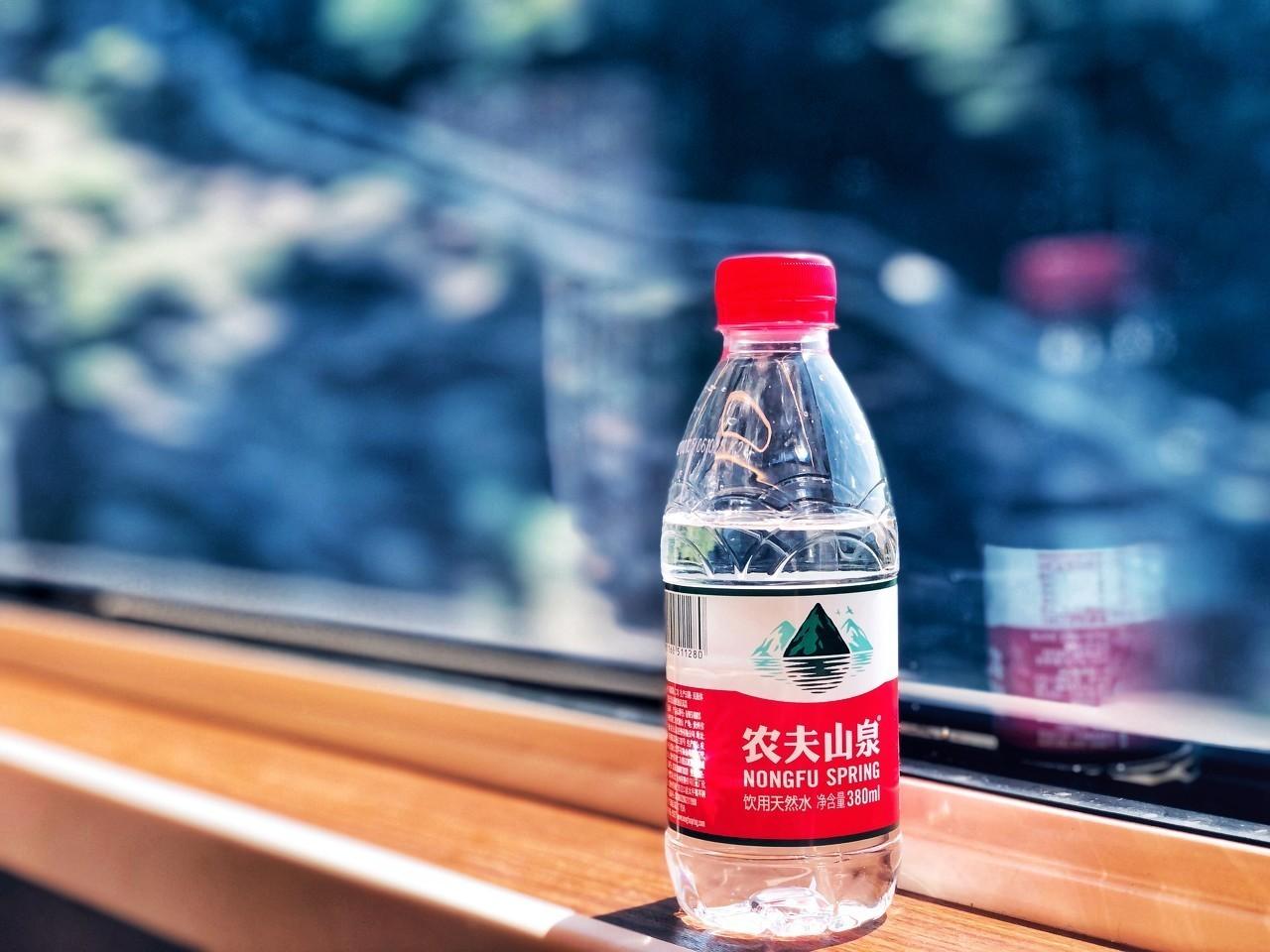 农夫山泉不生产水:6成成本用于包装,原油价格影响业绩