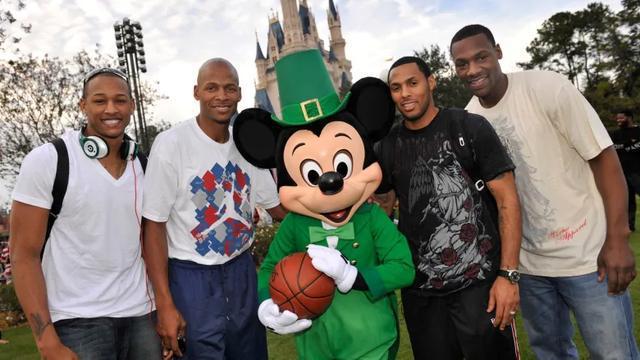 输了球就去玩跳楼机!名记:NBA重赛或在迪士尼乐园开打