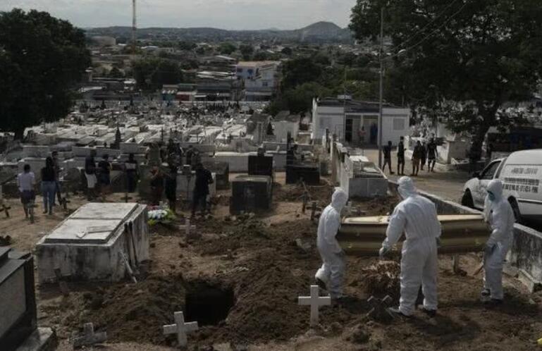 巴西暴增7千,总统拒绝承担责任说那又怎么样,各国边境严防巴西