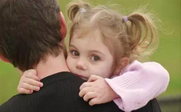 孩子性格很内向,家长该如何正确引导和改善?