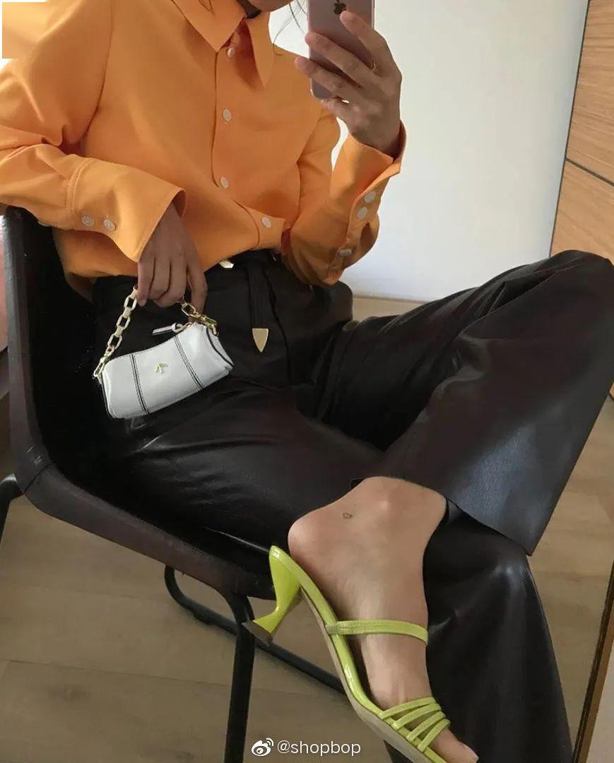 倪妮宋祖儿的出游照,鞋最洗眼睛