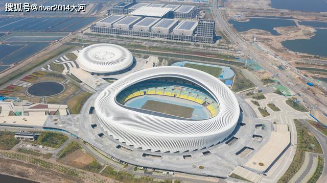 青岛的 鸟巢 ,这座山东省最大的体育场漂亮吗图片