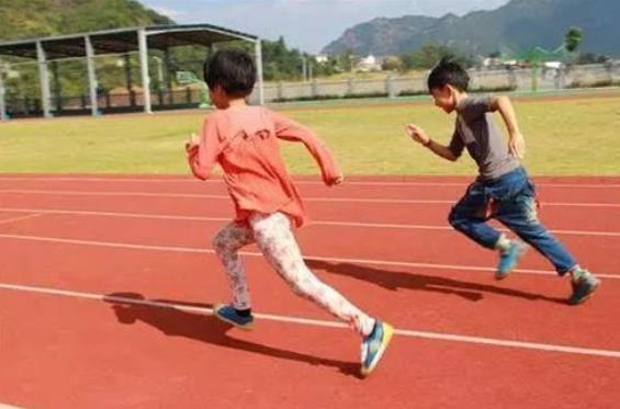 开学后3名中学生跑步猝死,家长:强烈要求取消体育中考