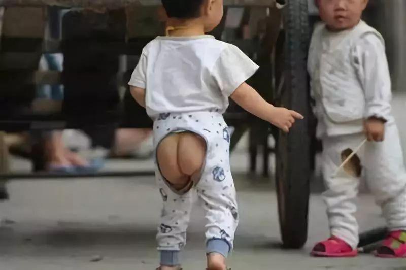 「开裆裤」藏在开裆裤里,老祖宗的育儿智慧