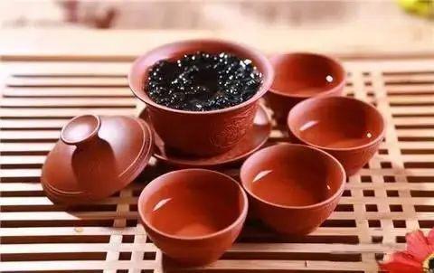 """""""隔夜茶,毒过蛇""""?NO!喝了这么多年茶没想到有这么大的误区..."""