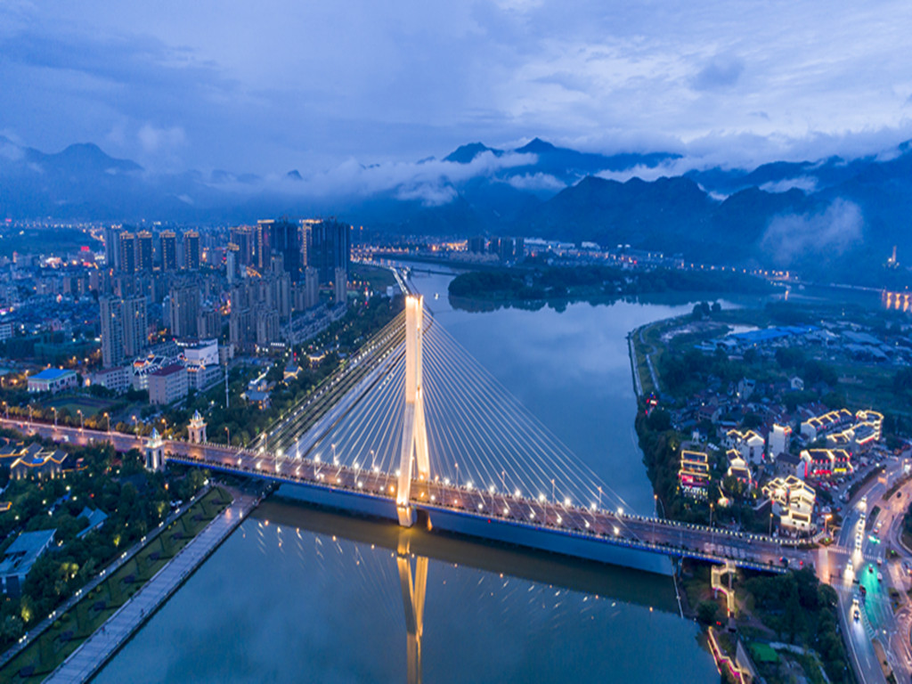 衢州2017一季度gdp_烂柯之都衢州的2020年一季度GDP出炉,甩开运城,直追西宁