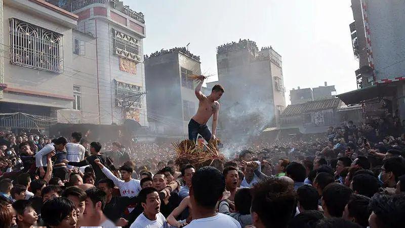 潮汕好武之风依然保留在社日游神活动中