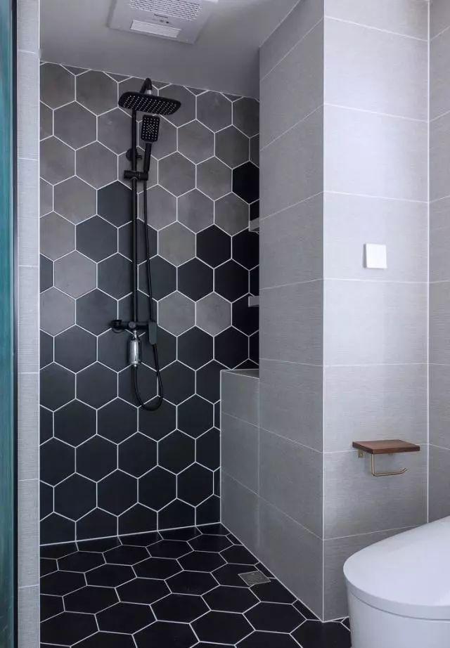 厕所 家居 设计 卫生间 卫生间装修 装修 640_922 竖版 竖屏