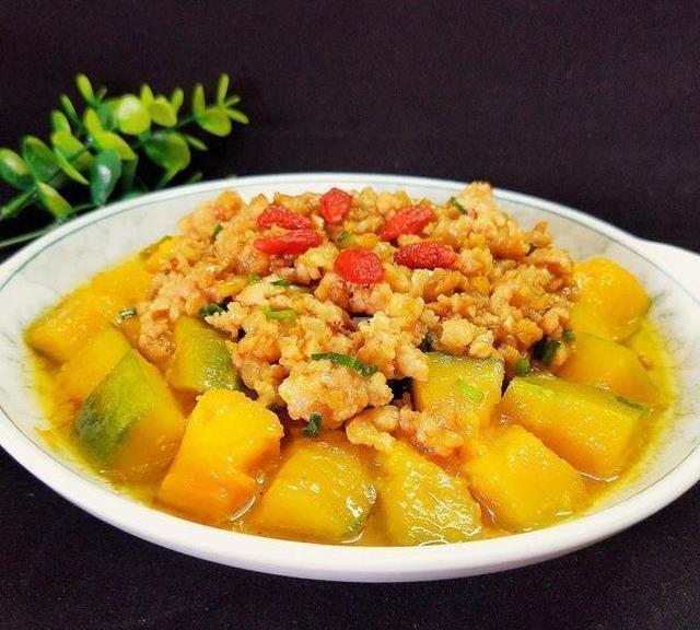 美食推荐 海鲜日本豆腐,酸菜豆瓣汤,春笋炒豌豆,肉末南瓜的做法