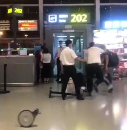 山东航空回应:双方均有责