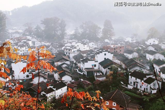 我国最圆的村庄!整体轮廓像脸盆,村中竟还有皇帝亲赐牌匾!