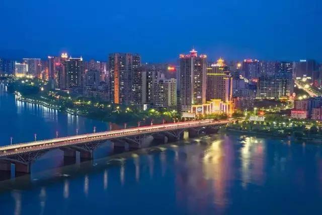 """揭阳gdp_粤东第一大城市,GDP达2731亿元,有""""岭东门户、华南要冲""""之称"""
