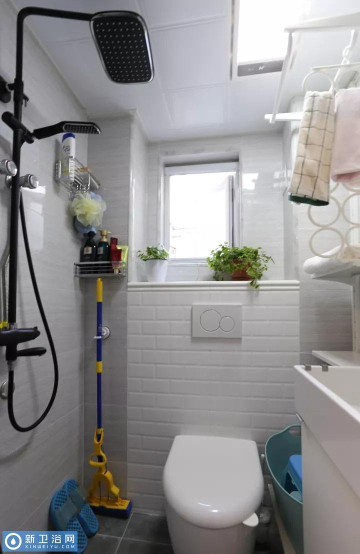 卫生间最火热的壁挂马桶,真的这么万能吗?图片