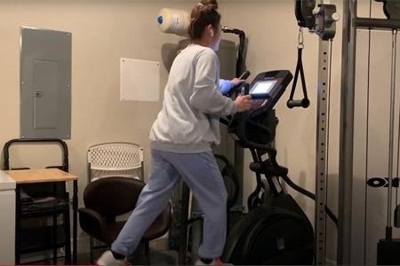 127斤女生减肥,每天在椭圆机上跑2公里,坚持半个月看身材变化
